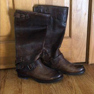 FRYE Veronica Back Zip Leather Boot Brown Women